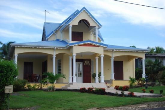 belle maison a grande-terre en guadeloupe